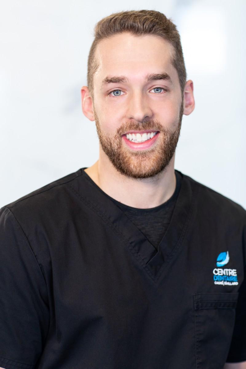 Dr Julien Rémillard - Dentiste généraliste