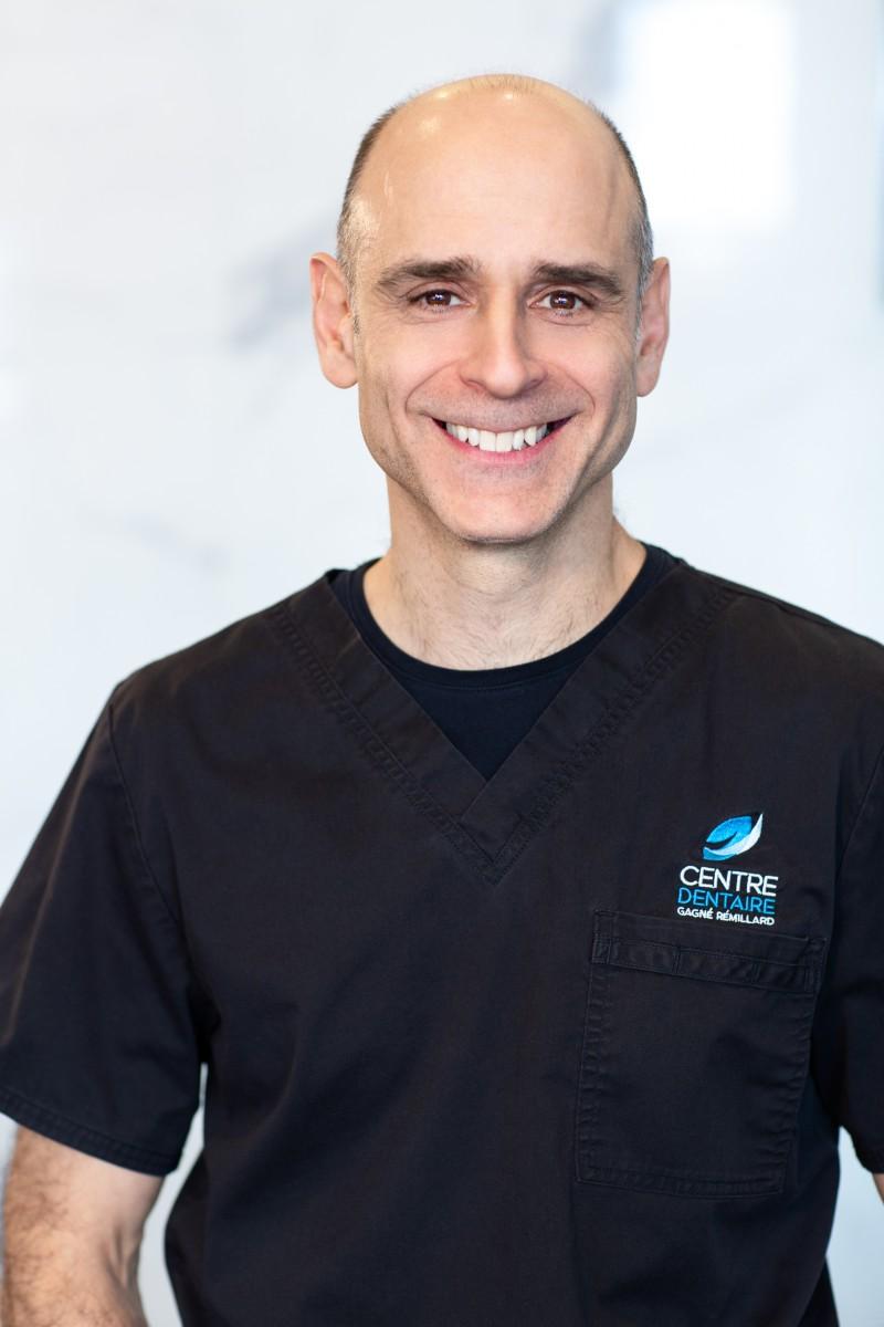 Dr Yves Rémillard - Dentiste généraliste