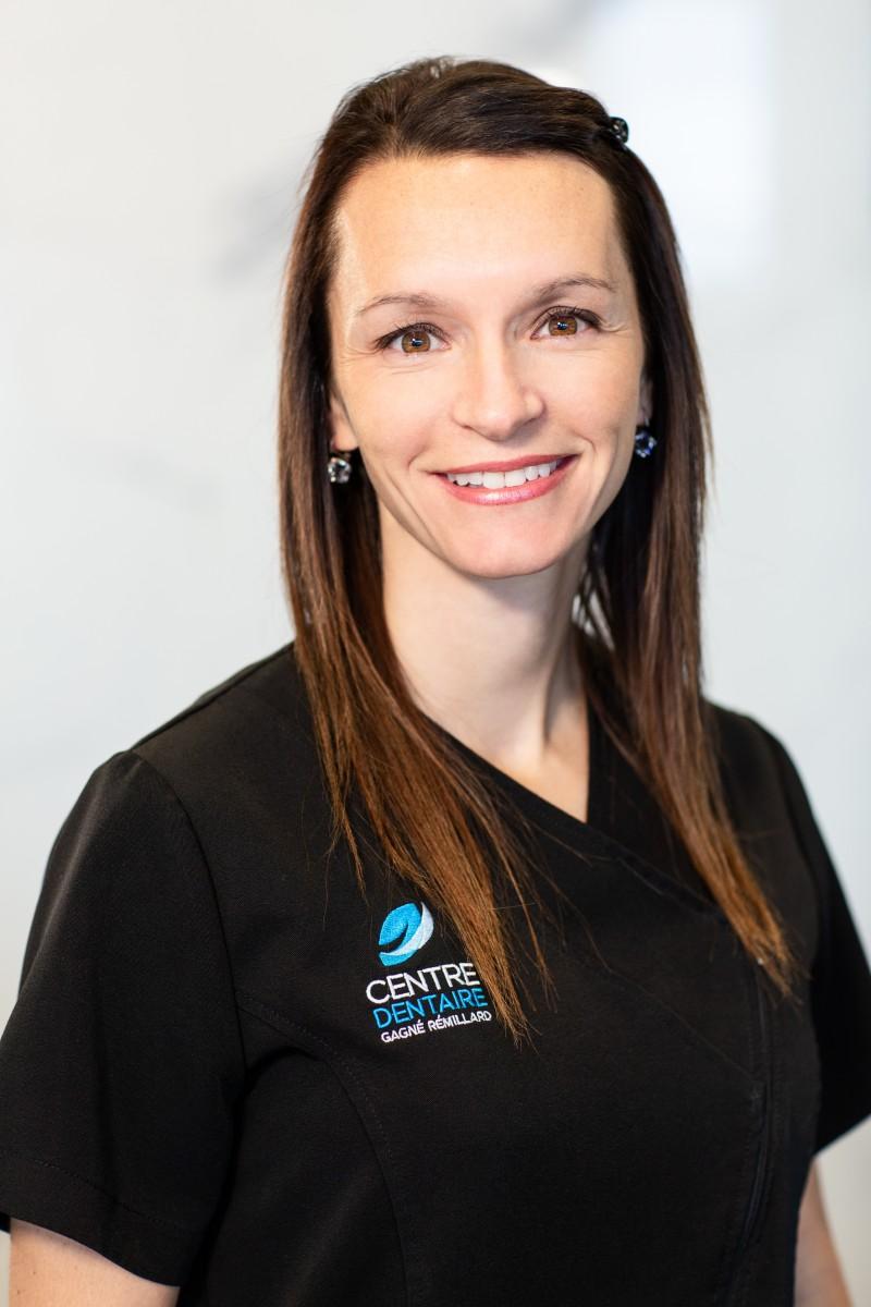 Dre Geneviève St-Hilaire - Dentiste généraliste